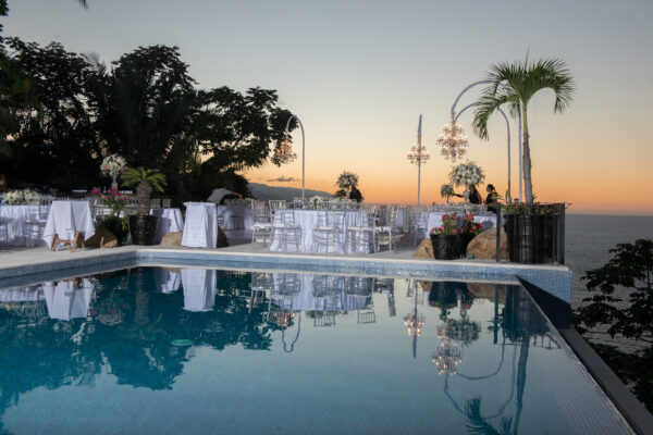 sunset-tables-pool